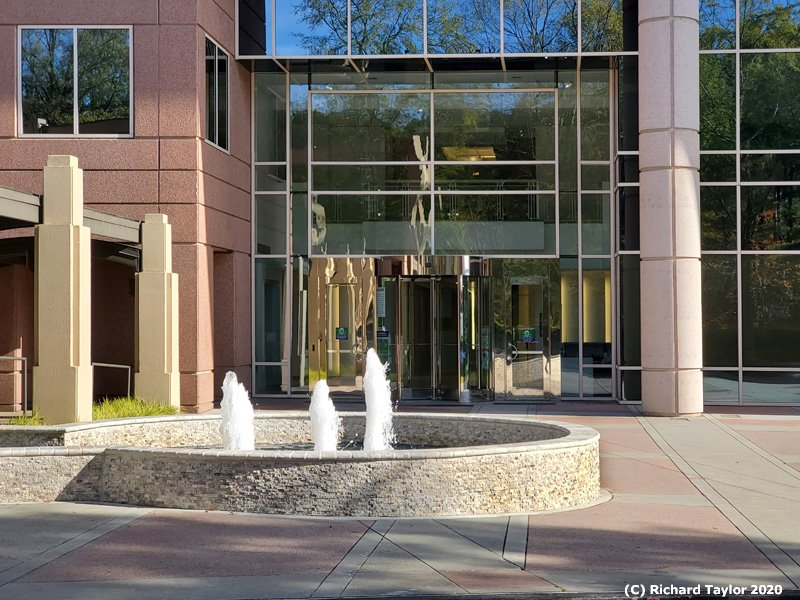 5555 FRONT LOBBY ENTRANCE WITH FOUNTAIN